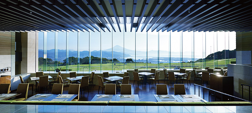 日本 平 ホテル ディナー